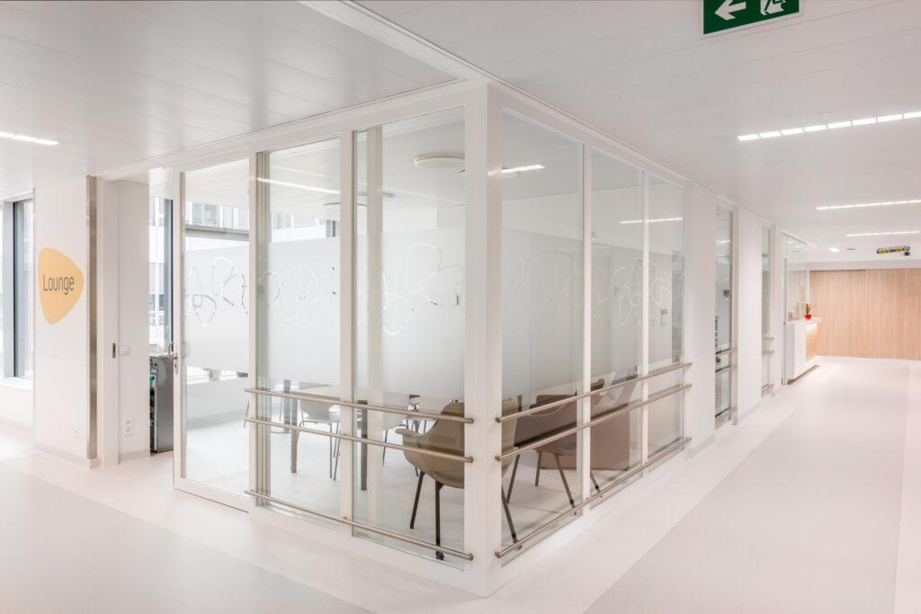 UZ Leuven-Metalen schrijnwerk met een hoge afwerkingsgraad, dat vind je bij Wycotec natuurlijk!